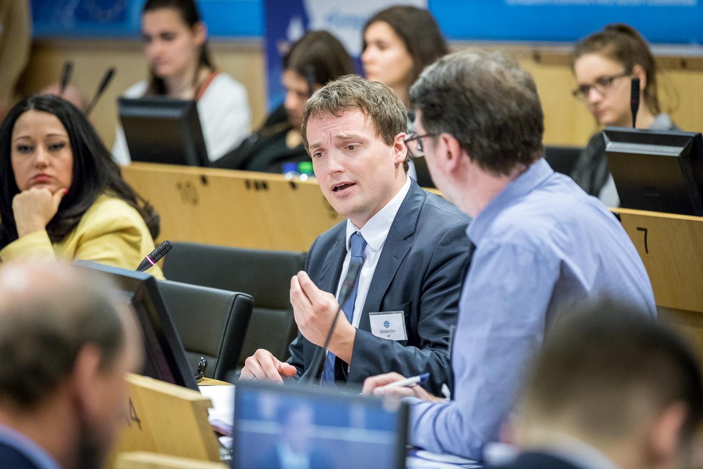 Táncsicsos diákok a brüsszeli innovációs workshopon