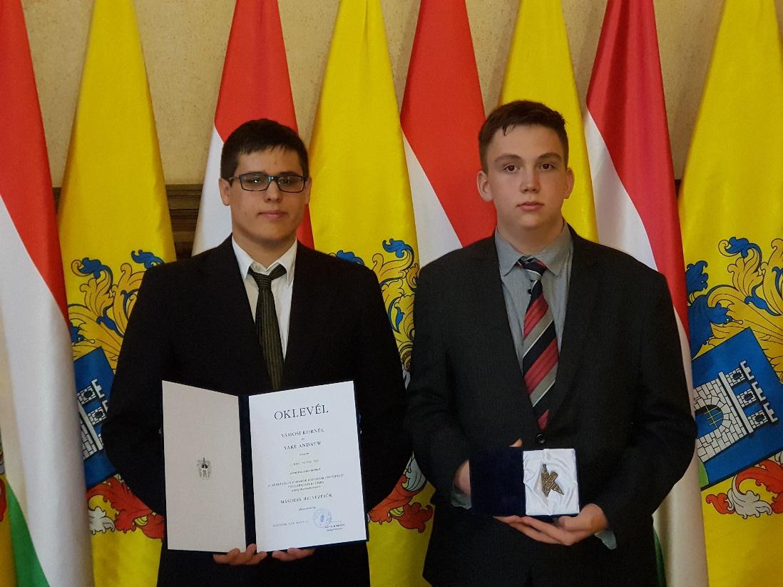 Táncsicsos diákok kapták a Polgármesteri díjat
